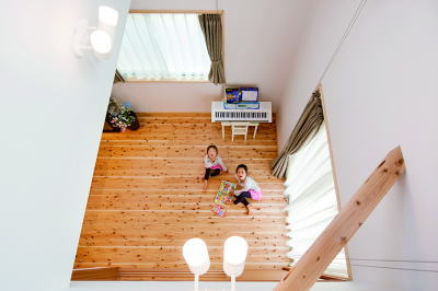 価格を抑えた無垢の家シンプルスタイル