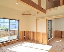 隣居スタイルの二世帯住宅【無垢の家】Y様邸